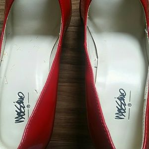 Mossimo Supply Co. Shoes - Mossimo Red patent peep toe pumps